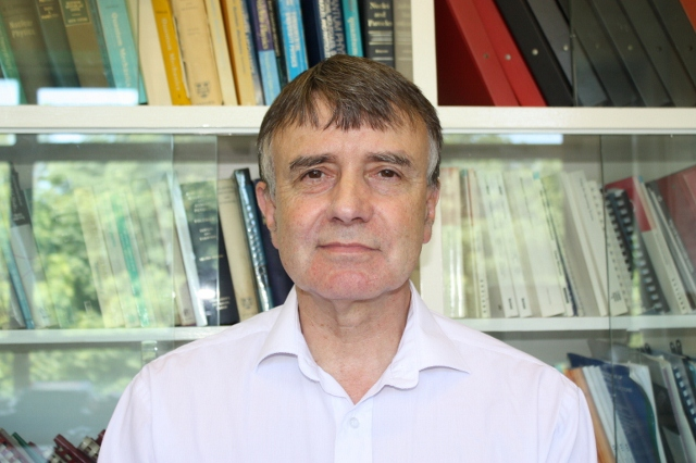 Photo of Professor Peter Butler